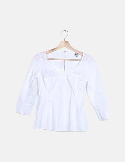 Camiseta blanca detalle cremallera