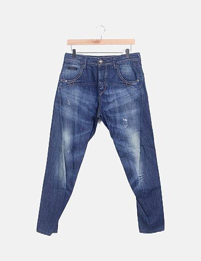 Jeans denim detalle desteñido
