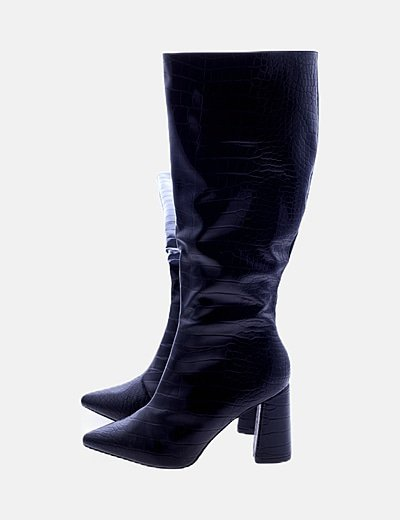 Botas negras texturizadas con tacón