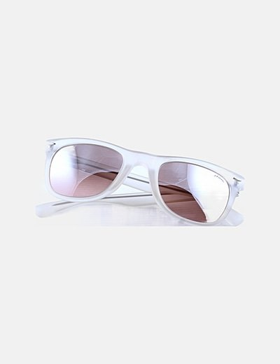 Gafas de sol montura semitransparente