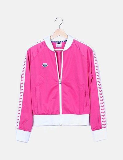 Conjunto deportivo rosa