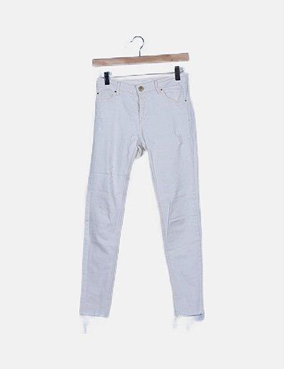 Pantalón pitillo blanco roto