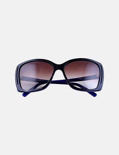 Gafas de sol montura negra ancha