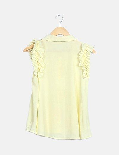 Blusa amarilla manga volantes