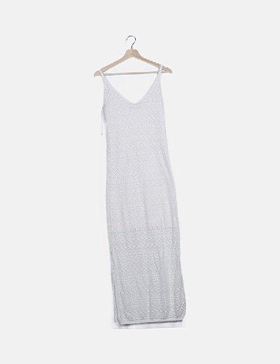 Vestido blanco encaje escote pico