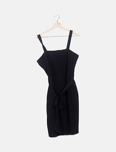 Vestido negro lace up