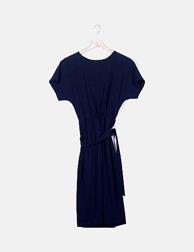 Vestido azul marino con citurón