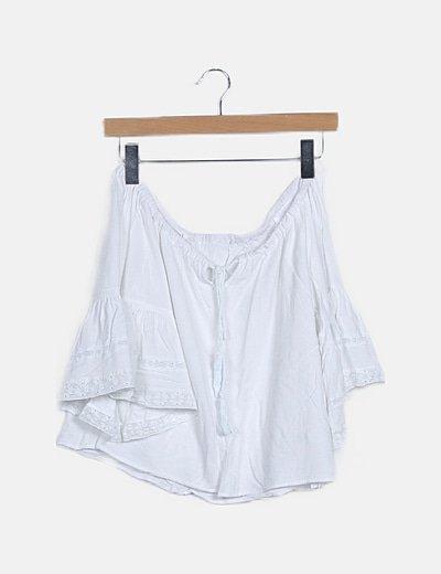 Blusa blanca cropped