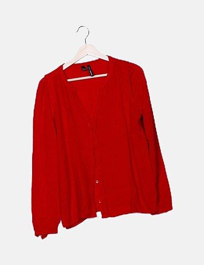 Camisa roja escote pico