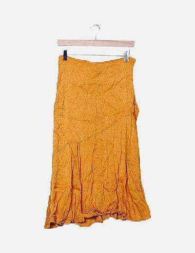 Falda naranja satinada abertura