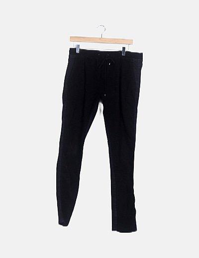 Jeans negro de pana lace up