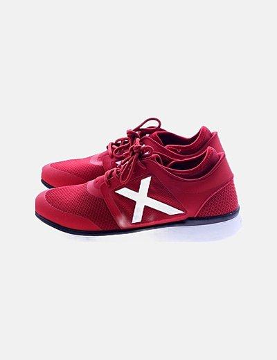 Zapatillas deportivas rojas