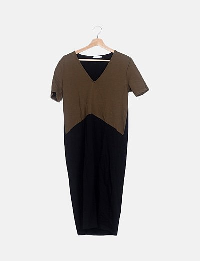 Vestido bicolor escote pico