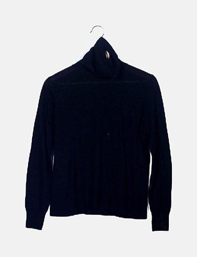 Jersey negro cuello vuelto