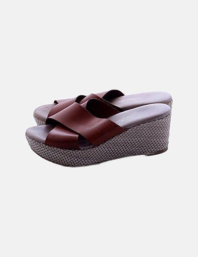 Zapatos cuñas marrón