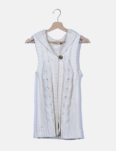 Chaleco tricot blanco con capucha