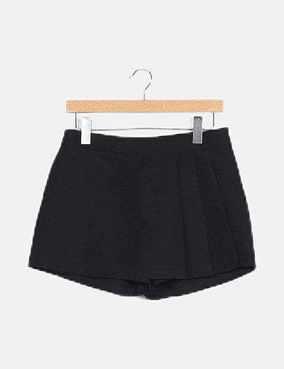 Minifalda pantalón negro detalles
