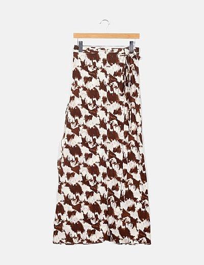 Falda pareo marrón y blanca