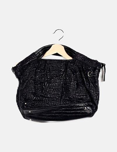 Bolso negro texturizado