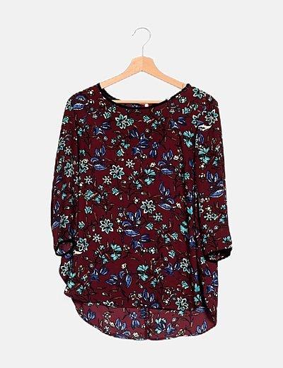 Camiseta granate satinada print floral