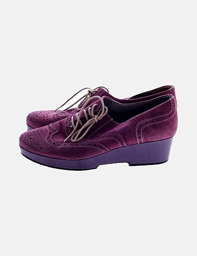 Zapato de ante morado