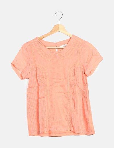 Camiseta coral bordados