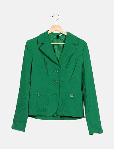 Chaqueta verde bolsillos