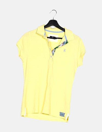 Polo amarillo