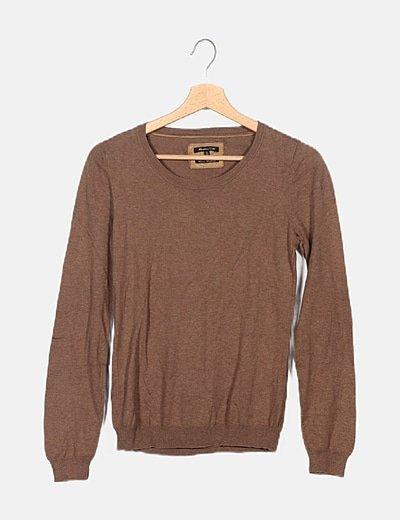 Jersey algodón marrón cuello barco