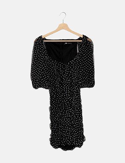 Vestido mini negro drapeado con topos