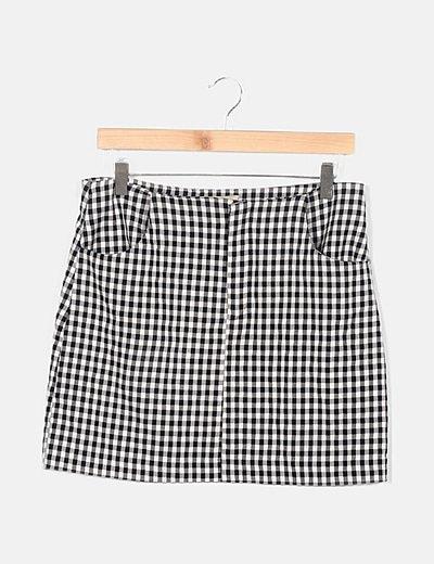 Falda bicolor detalle bolsillos