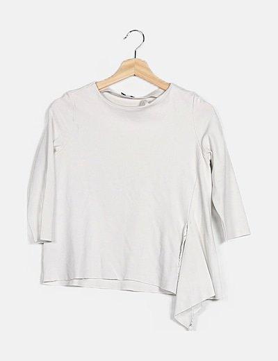 Camiseta blanca abertura lateral