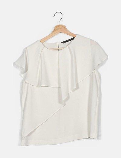 Camiseta blanca detalle encaje
