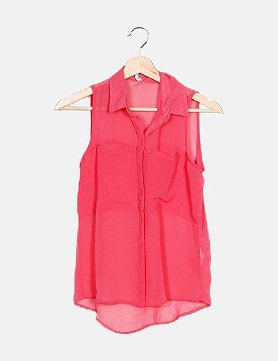 Camisa rosa semitransparente