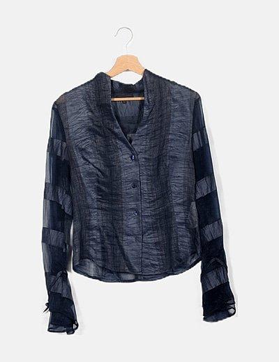 Blusa azul texturizada