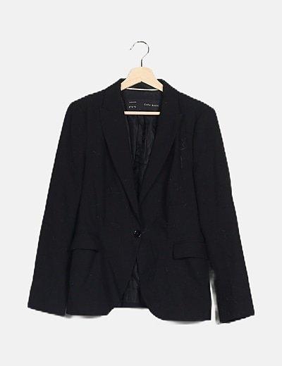 Blazer negra bolsillos