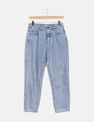 Pantalón denim mom
