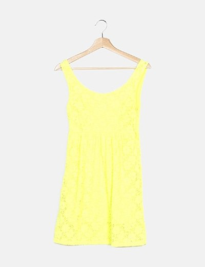 Vestido amarillo fluor encaje