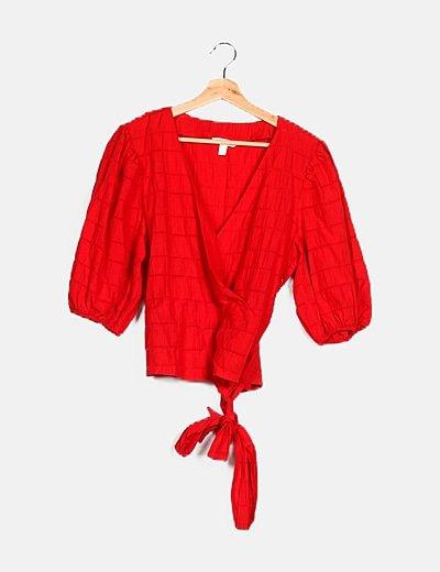 Blusa roja lazo