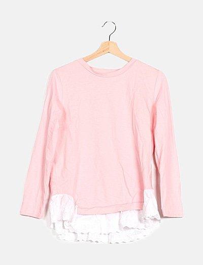 Camiseta rosa detalle puntilla
