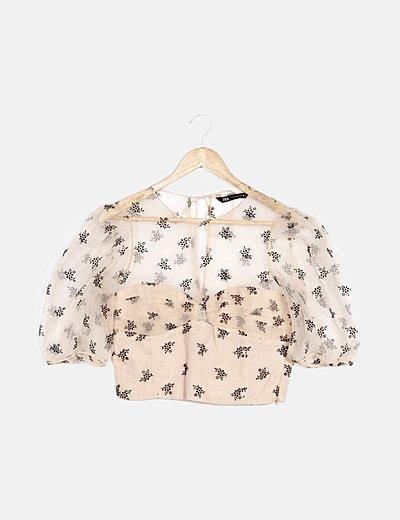 Camiseta beige detalles florales