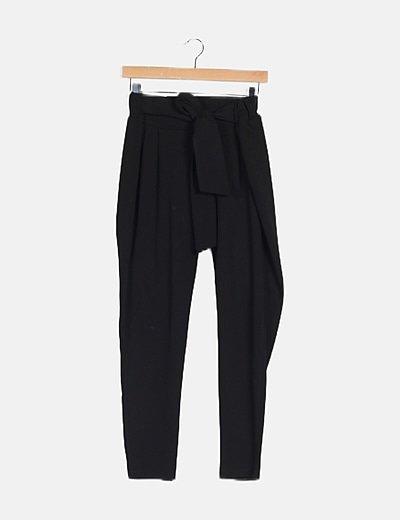 Pantalón baggy negro