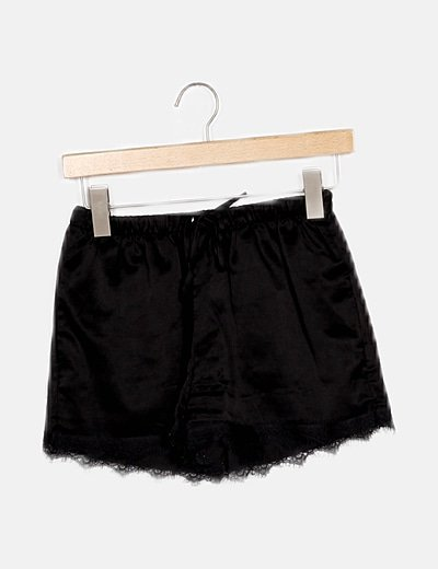 Short negro lencero