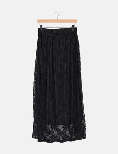 Falda negra encaje