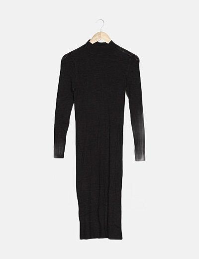 Vestido negro punto