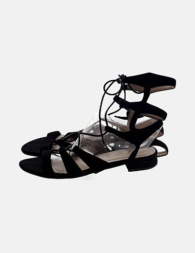 Sandalia negra lace up