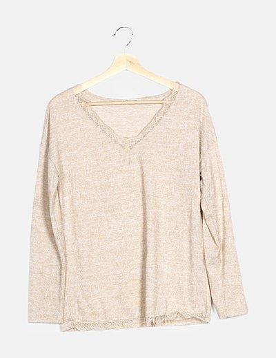 Jersey tricot beige detalle encaje
