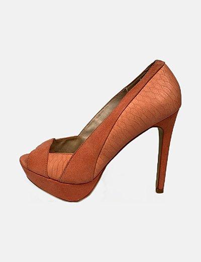 Zapato coral peep toe combinado