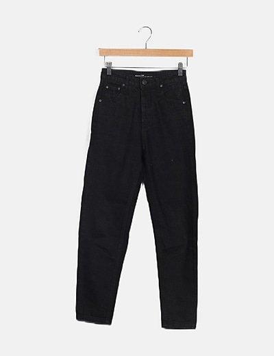 Pantalón denim negro mom