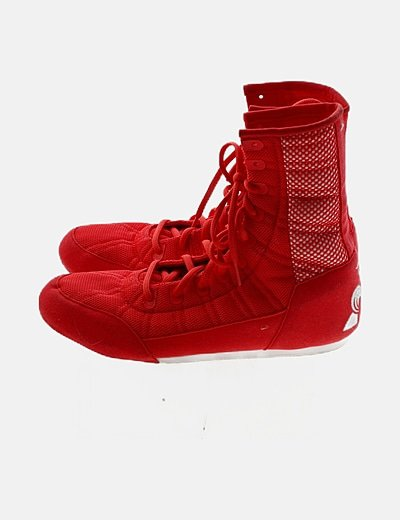 Bota roja cordones
